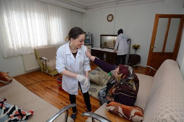 Ortahisar Belediyesinden 239 kişiye evde bakım hizmeti
