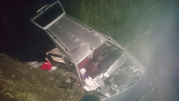 Trabzon plakalı araç Giresun'da dereye uçtu: 7 yaralı!