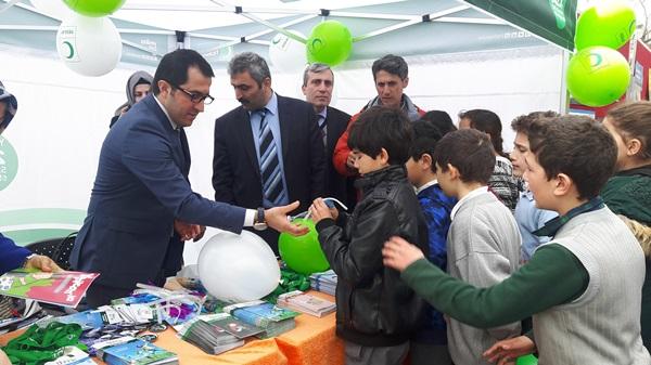 Trabzon'da Yeşilay Bağımlılıkla Mücadele standı açtı