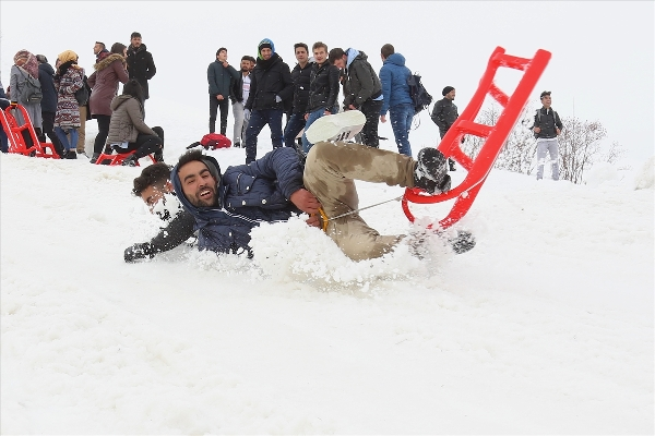 Bayburtta yaza merhaba festivali düzenlendi