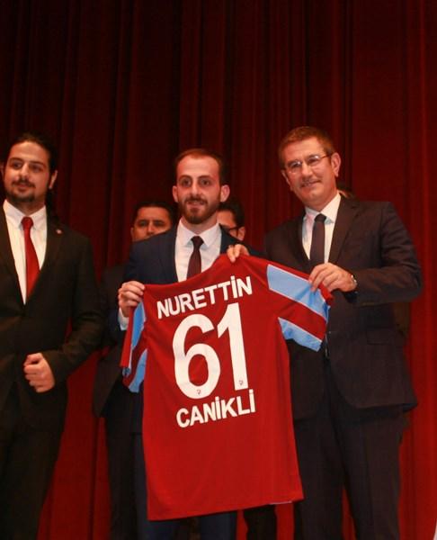 Nurettin Canikli KTÜ'de öğrencilerle buluştu