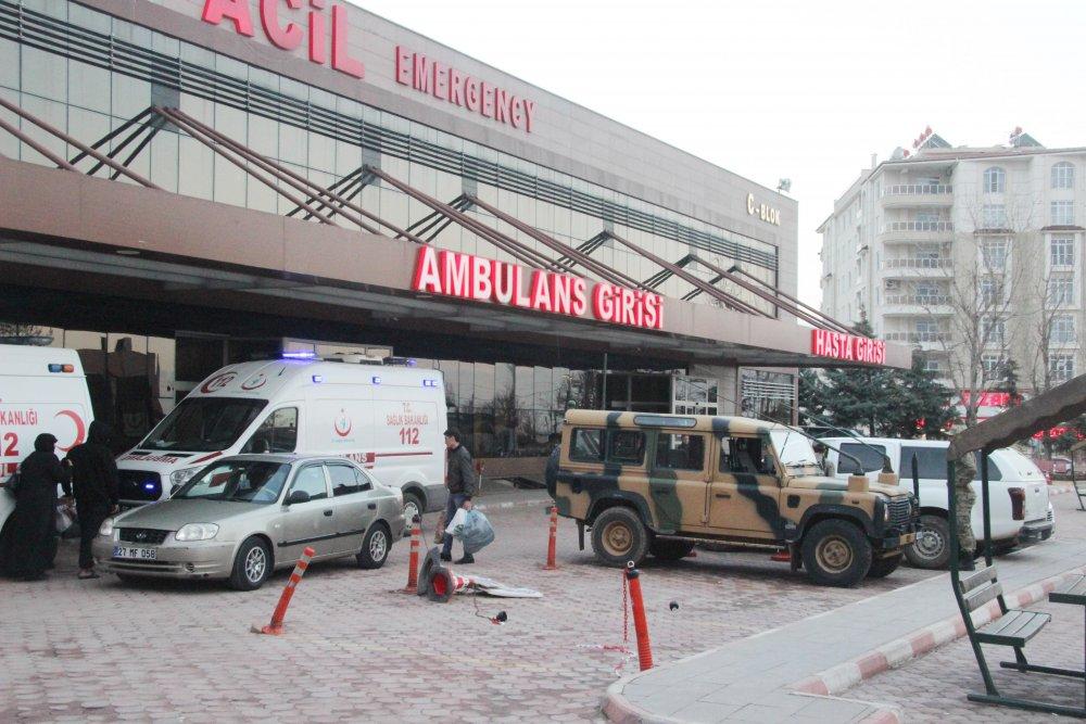 Sınırda mayın patladı: 2 asker yaralı