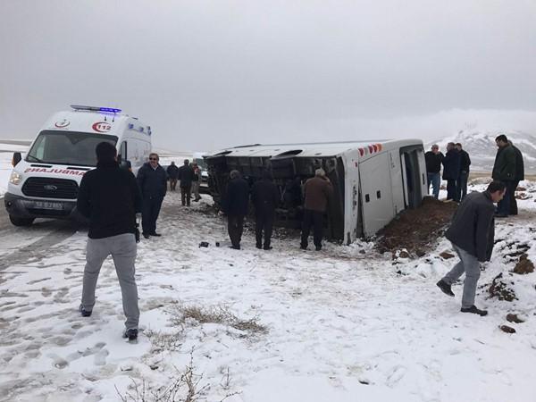 Cenaze dönüşü korkunç kaza: 2 ölü, 5 yaralı