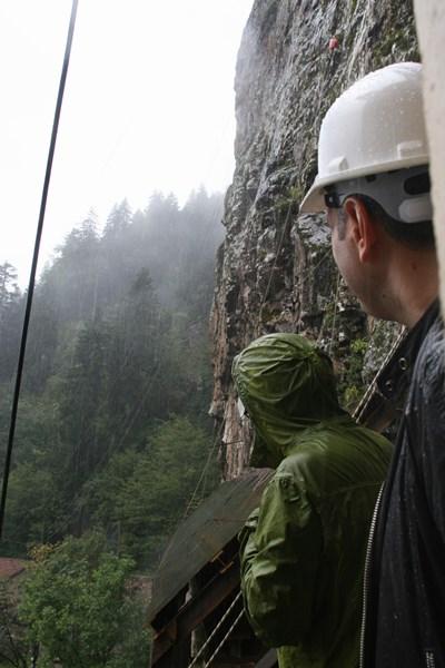 Sümela Manastırı'nda 1600 tonluk kaya endişesi