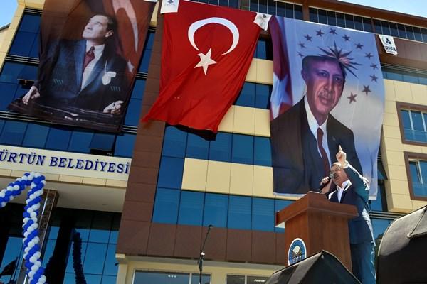Kürtün Belediye'nin yeni hizmet binası açıldı 2