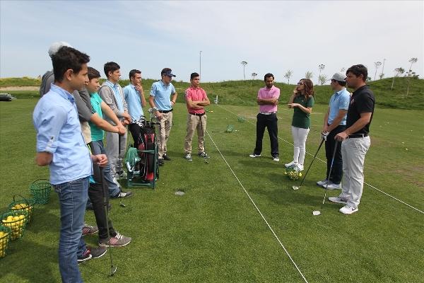 İşitme engelliler golfle tanıştı 1