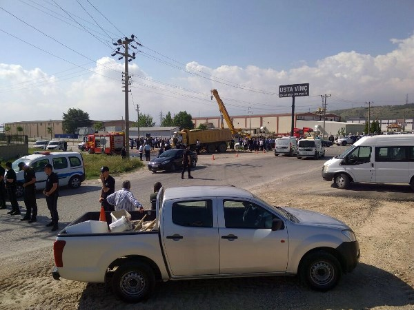 Cumhuriyet Başsavcısı ve koruma polisi kazada hayatını kaybetti