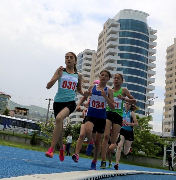 Yıldızlar Trabzon'da yarıştı