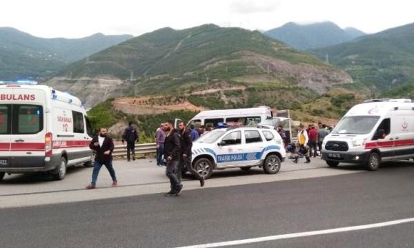 Artvin'de trafik kazası: 9 yaralı