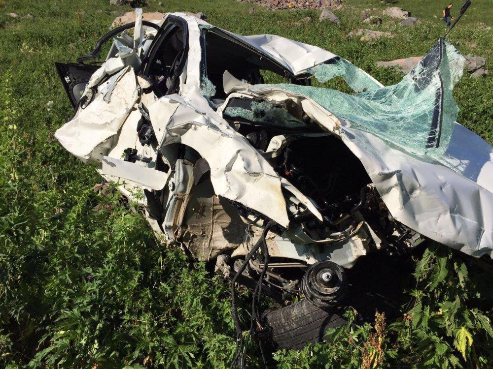 Memleket yolunda hayatlarını kaybettiler: 3 ölü, 1 yaralı