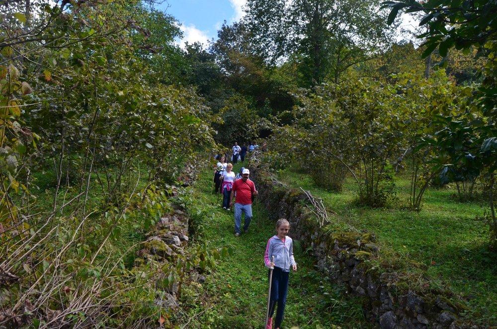 Livera halkı turizm için yol temizledi