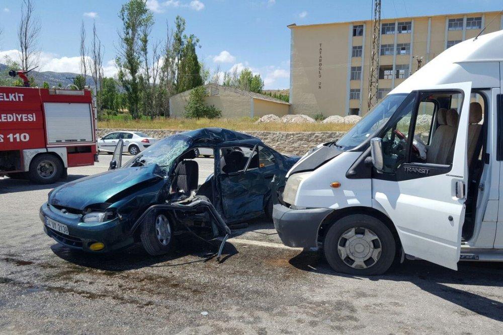 Gümüşhane'de feci kaza: 1 ölü, 8 yaralı