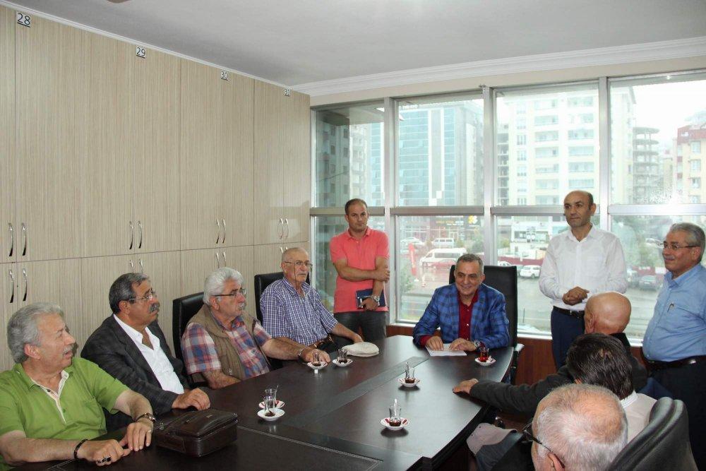 Mahallelilerden Başkan Sağıroğlu'na ziyaret