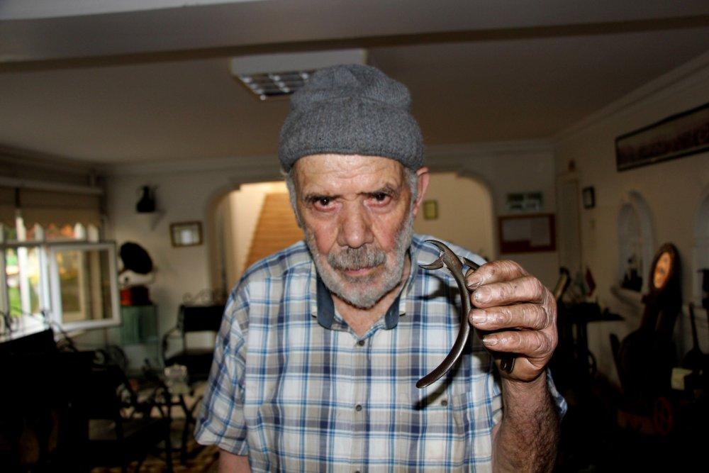 87 yaşında, hala torna tezgahı başında