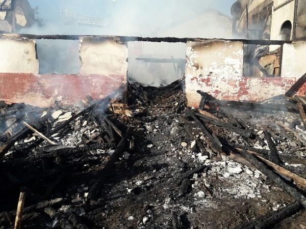 Ordu'da yanan evde bulunan 20 Bin TL kül oldu