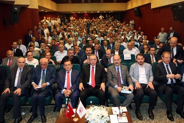 """Cumhurbaşkanı Erdoğan TTSO'da: """"Trabzon'dan büyüme performansını bekliyoruz"""""""