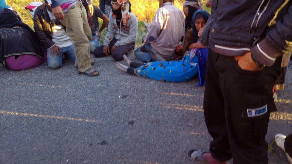 Suriyelileri taşıyan kamyonet takla attı: Çok sayıda yaralı var