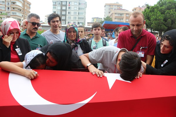 Trabzon'un şehidi Kıdemli Başçavuş Ferhat Gedik uğurlandı