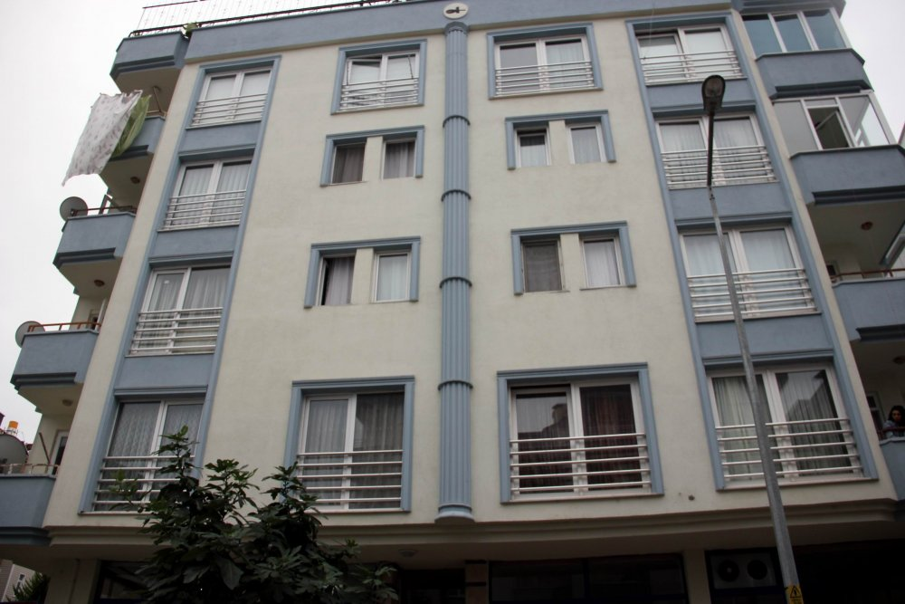 Samsun'da apartman yöneticisini vurdu