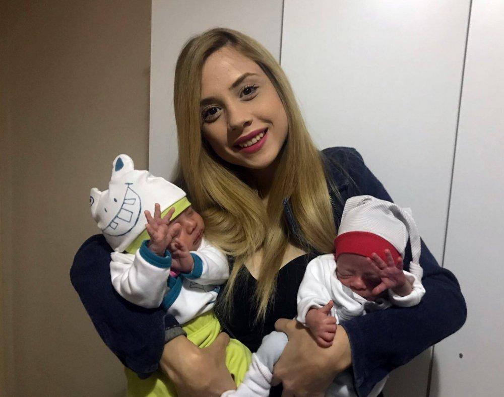 Türkiye'de bir ilk! Hamileyken bir daha hamile kaldı!