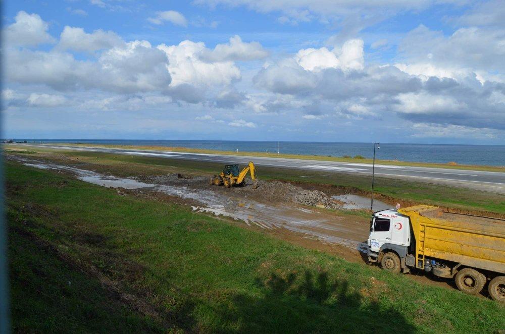 Trabzon Havalimanı'nda bakım çalışmaları başladı