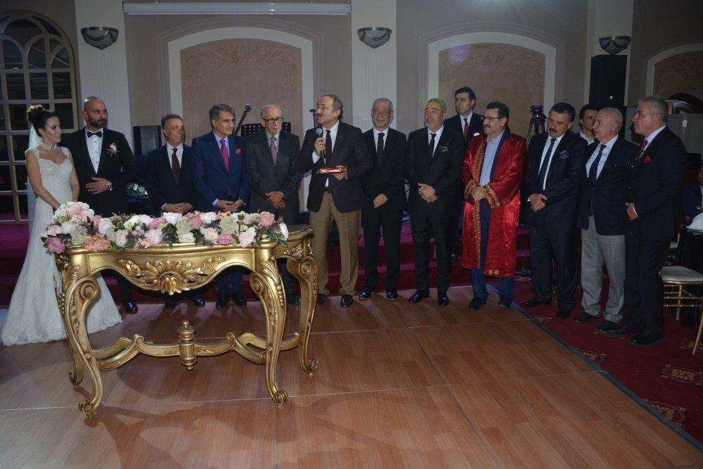 Beşiktaş ve Trabzonspor camiası bu nikahta bir araya geldi