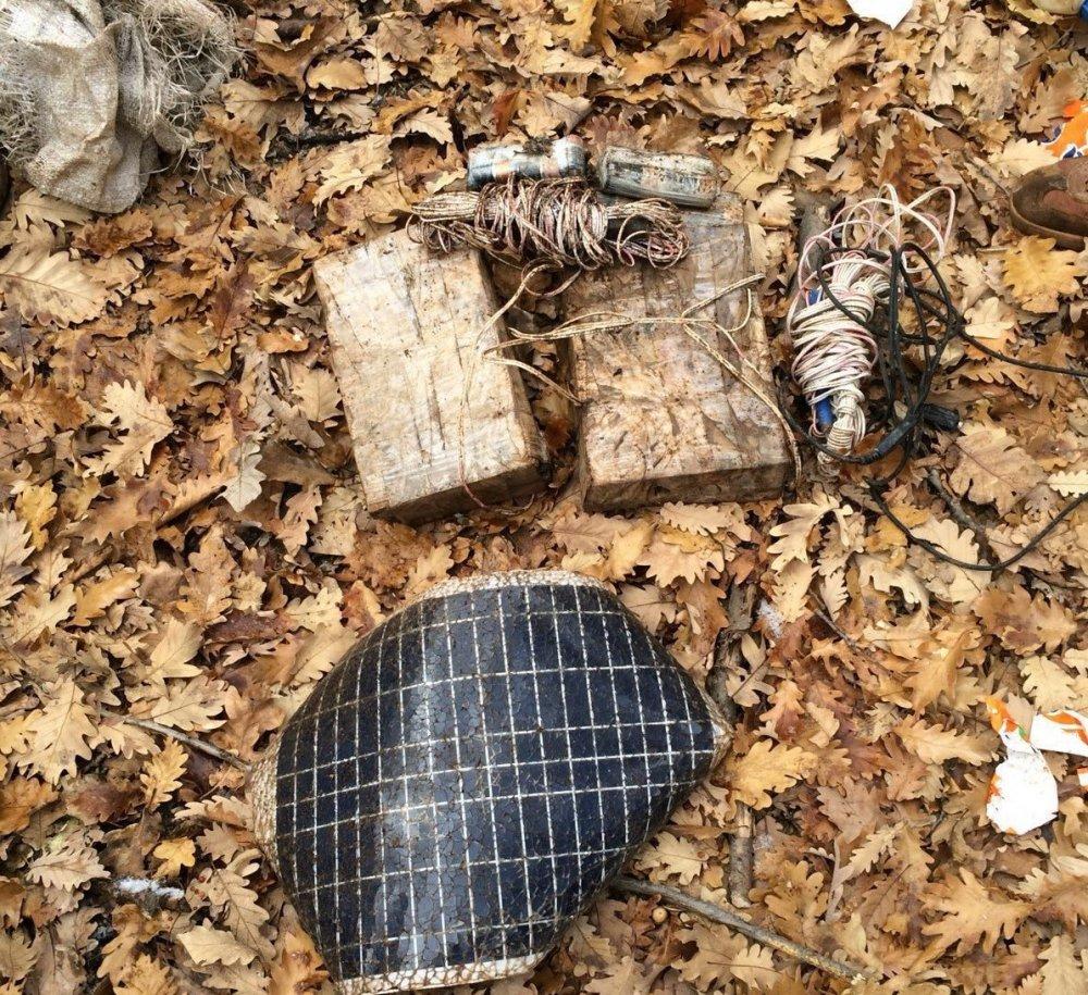 Toprağa gömülü terörist cesedi bulundu
