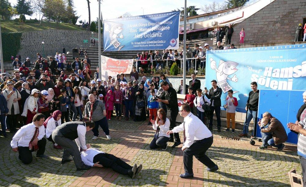 Trabzon'da engellilere özel hamsi şöleni