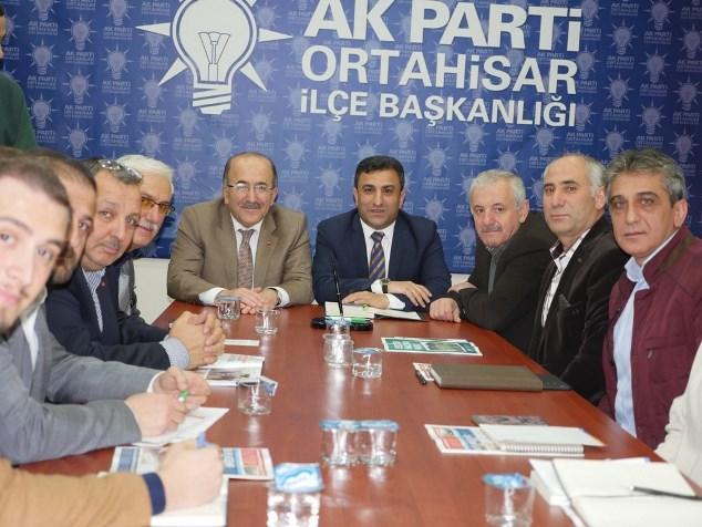 Başkan Gümrükçüoğlu Ortahisar teşkilatı ile buluştu