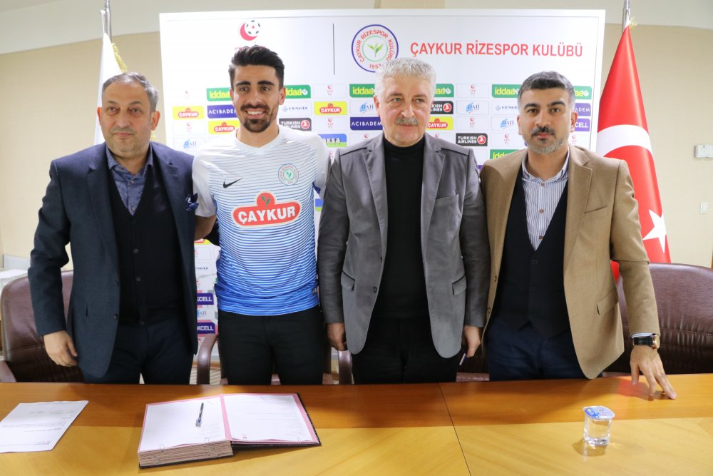 Eski Trabzonsporlu Rizespor'da