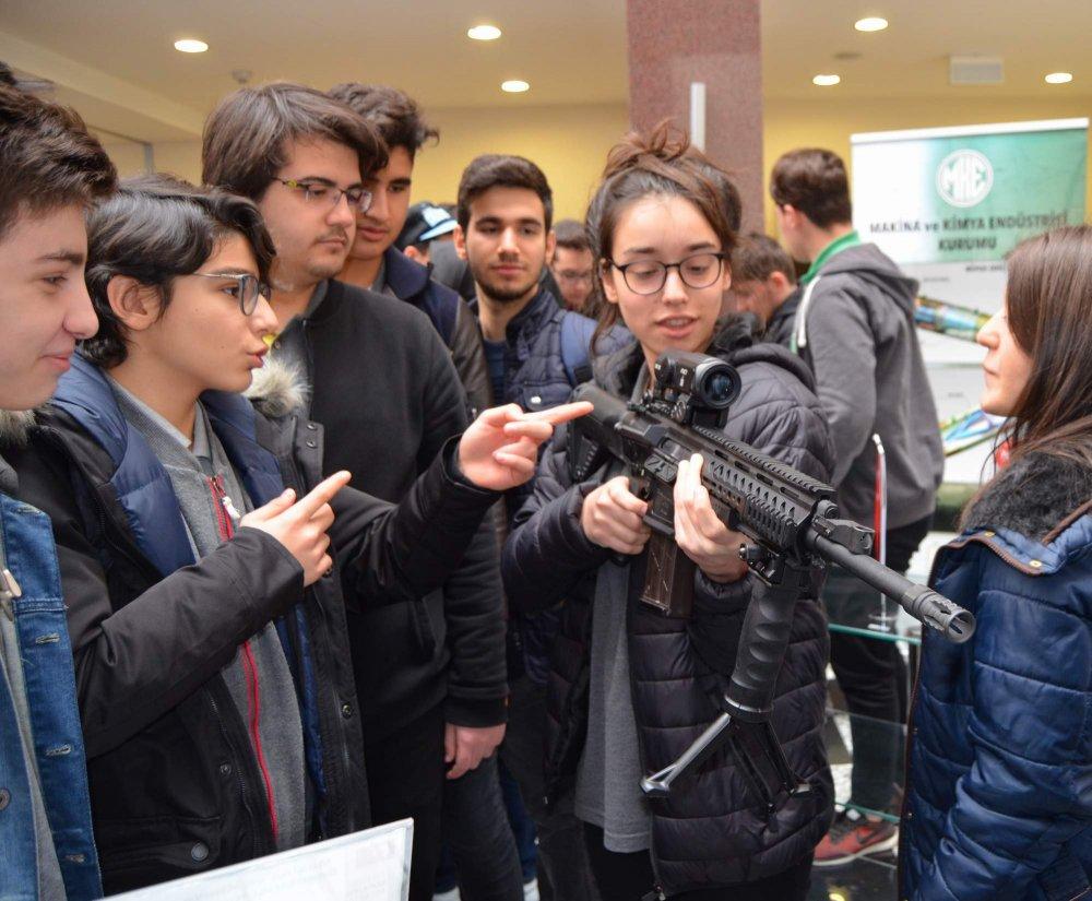 Trabzon'da öğrencilerden silahlara yoğun ilgi