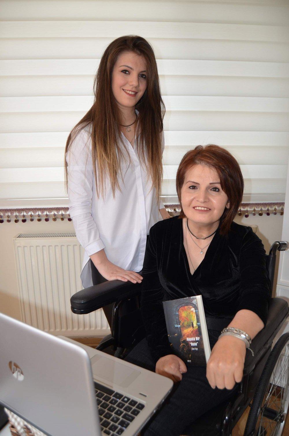 Trabzonlu Sibel öğretmen hayal ettiği kitabını yazdı