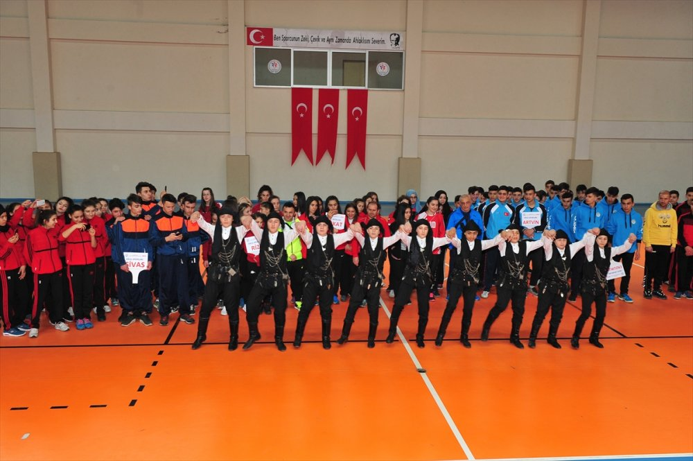 Trabzon'da Voleybol Grup Birinciliği başladı