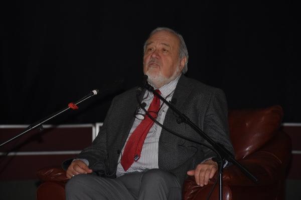 İlber Ortaylı Trabzon'da konuştu: Muslukçu bazen hukukçudan fazla işe yarar
