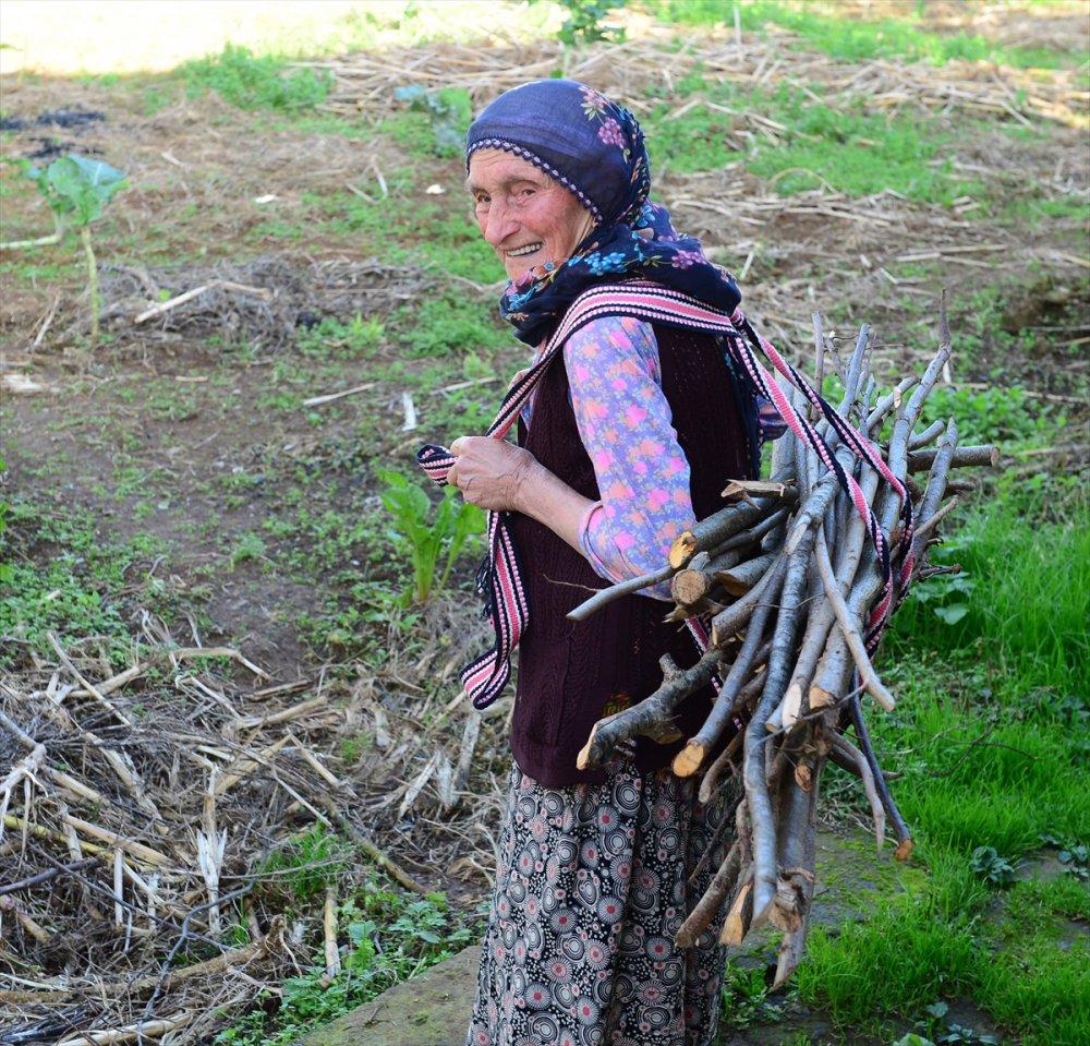 Karadeniz Kadınının yükünü onlar taşıyor