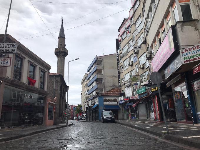 Trabzon'da sokaklar boş kaldı