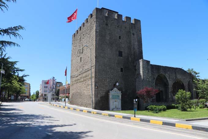 Trabzon sokakları dördüncü günde de boş kaldı
