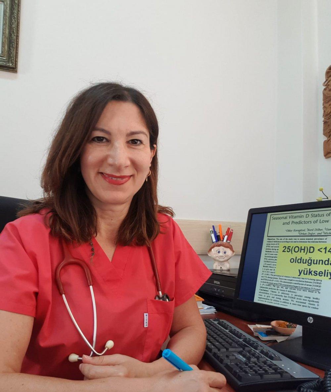 """KTÜ'lü Prof. Dr. Gülay Karagüzel'den D Vitamini uyarısı! """"Gereksiz ve yüksek dozda kullanmayın"""""""
