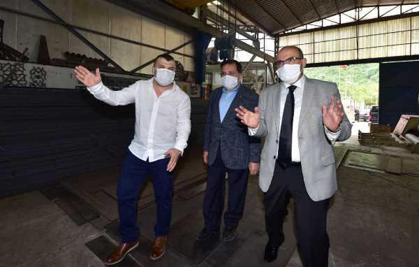 Vali Ustaoğlun'dan Değirmendere Vadisindeki firmalara ziyaret