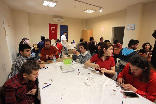 """Trabzon'da """"Bir Engelli Bin Değerli"""" Projesi sürüyor"""