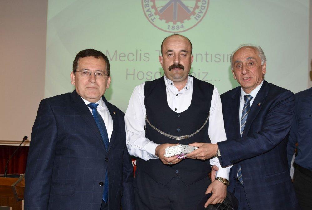 OneTrabzon'da ödüller verildi