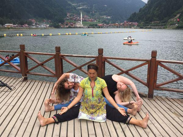 Yoga festivali Uzungöl'de tanıtıldı