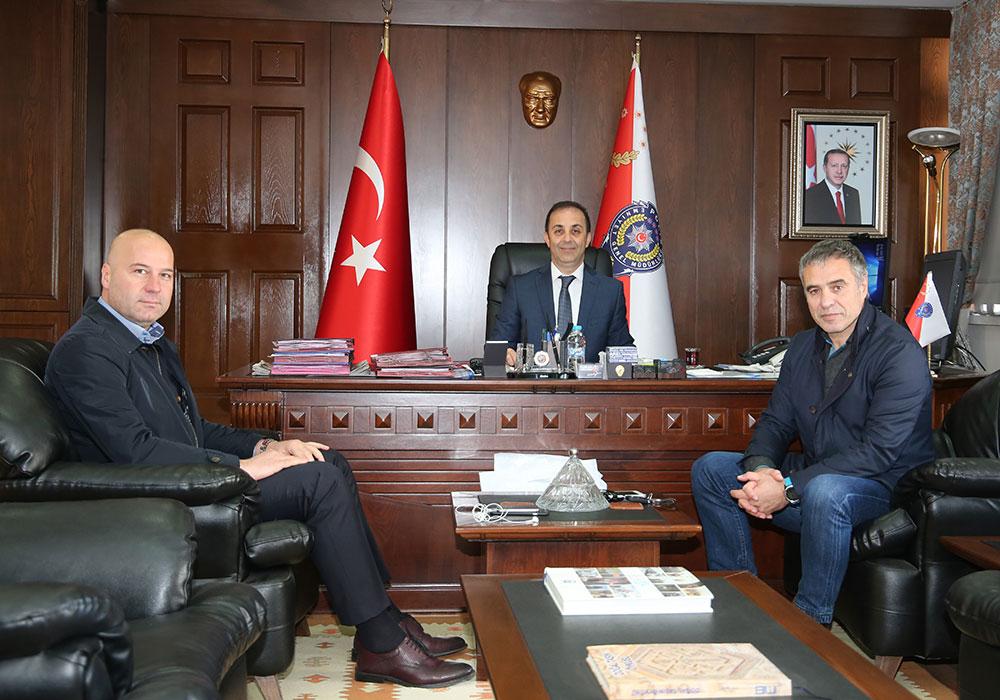 Ersun Yanal'dan Emniyet müdürüne ziyaret