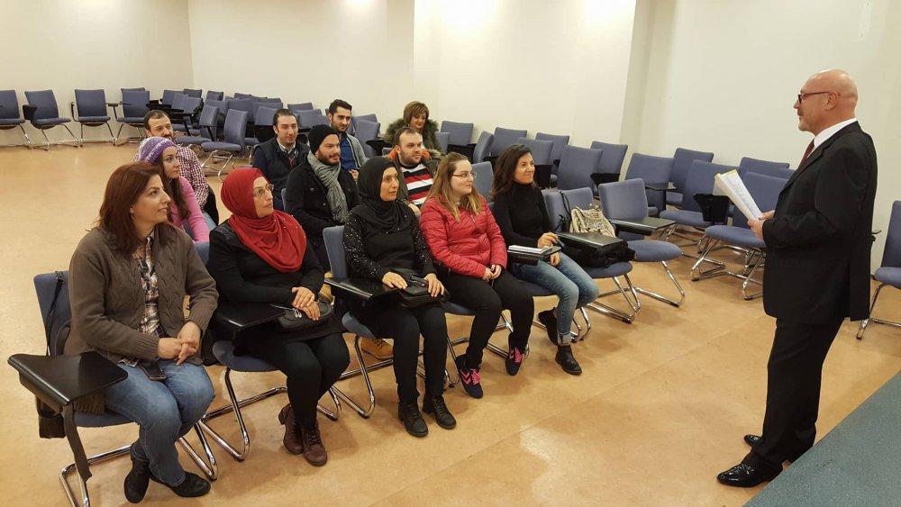 Trabzon'da gazeteci adaylarına web eğitimi
