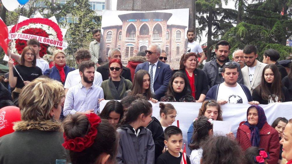 CHP'den Trabzon'da 23 Nisan Yürüyüşü