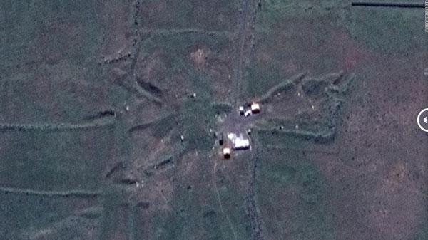 Suriye'de vurulan tesisler uydudan görüntülendi!