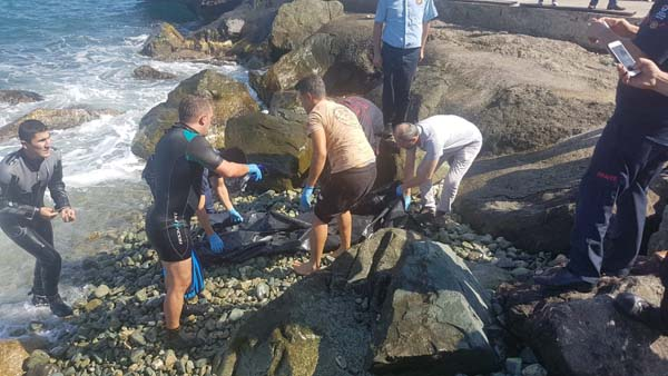 Trabzon'da denizde ceset bulundu