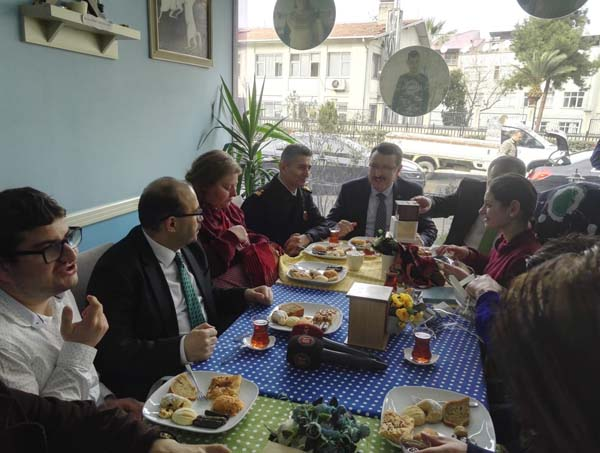 Trabzon'da şampiyon Enes'e doğum günü