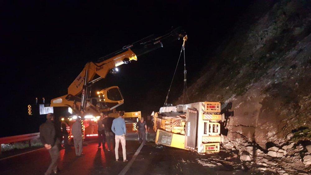 Trabzon'un Araklı ilçesindeki kaza korkuttu.