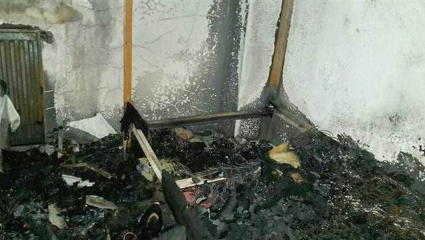 Spor tesisinde yangın! Kaleci hastanelik oldu